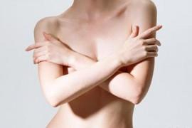老婆的胸经常被各种人看